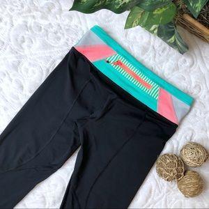 Lululemon, Cropped Workout Pants Sz 4 EUC